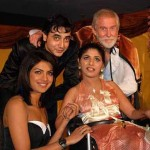 80930-priyanka-chopra-and-tom-alter-play-the-melody-of-love-phot
